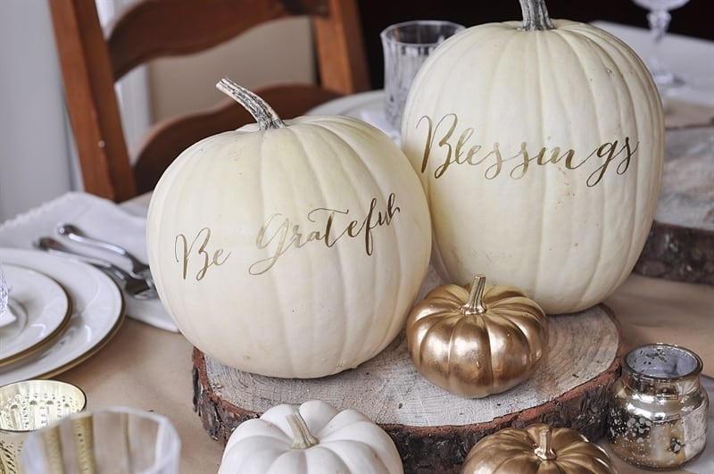 Thanksgiving Table Decor Ideas from Your Homebased Mom