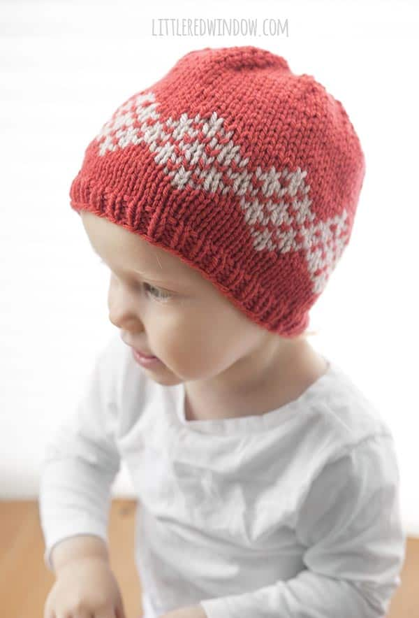 Double Diamond Hat Knitting Pattern for newborns, babies and toddlers! | littleredwindow.com