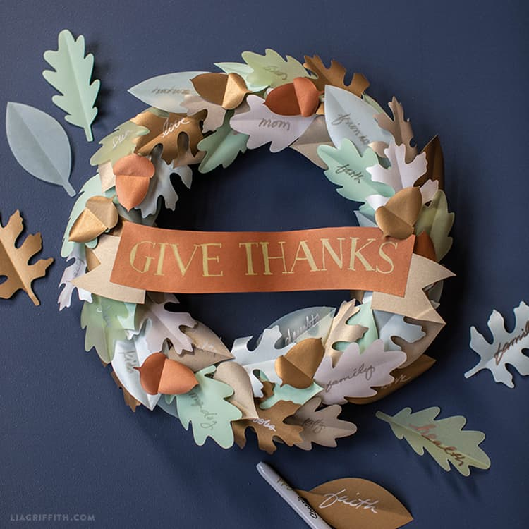 Printable Thanksgiving Wreath from Lia Griffith