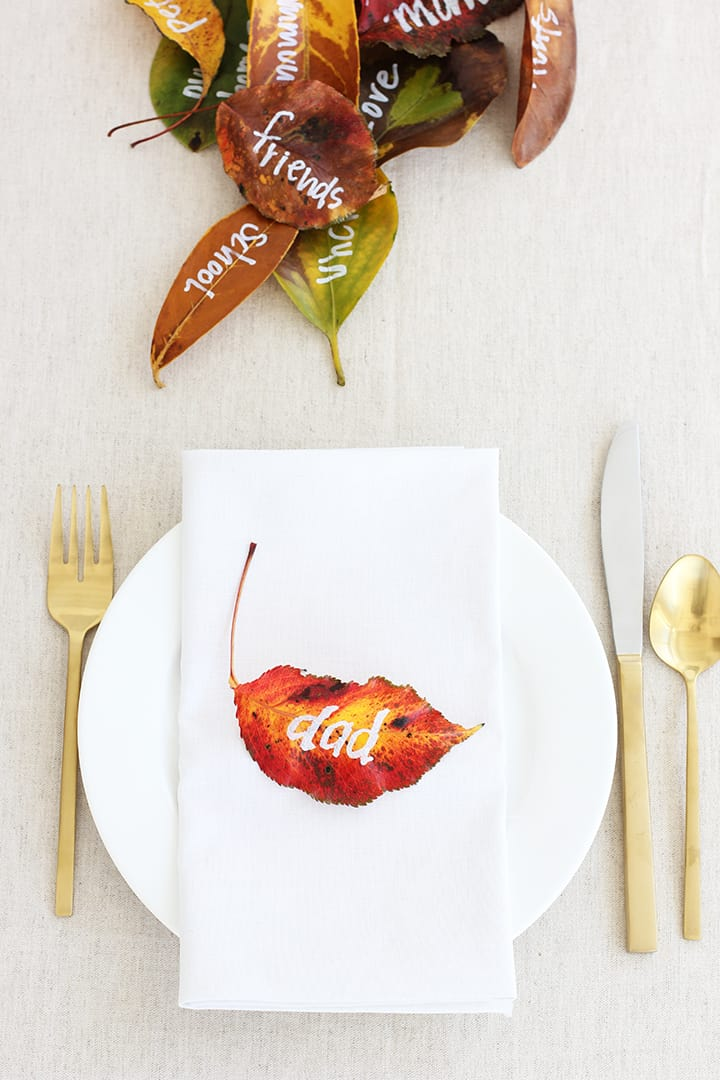 thanksgiving crafts - leaf placecards