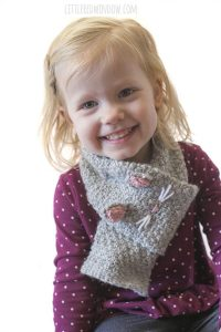 The Kitty Cat Scarf knitting pattern is a fun and easy knit, perfect for preschoolers and kids!