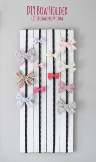 Easy DIY Bow Holder