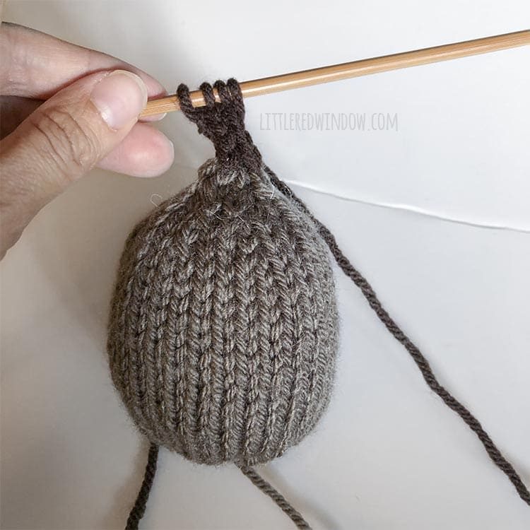 Knit the little pumpkin stem as an icord!