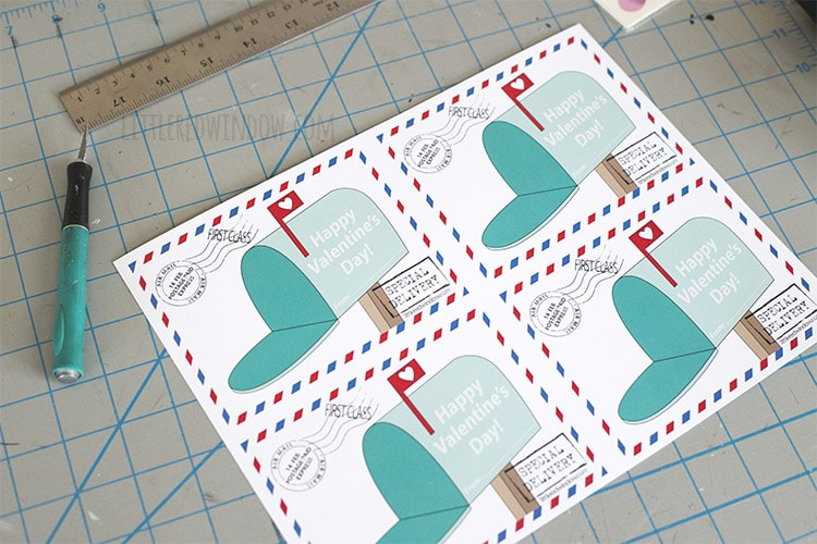 These free printable mailbox Valnetines print 4 to a page!